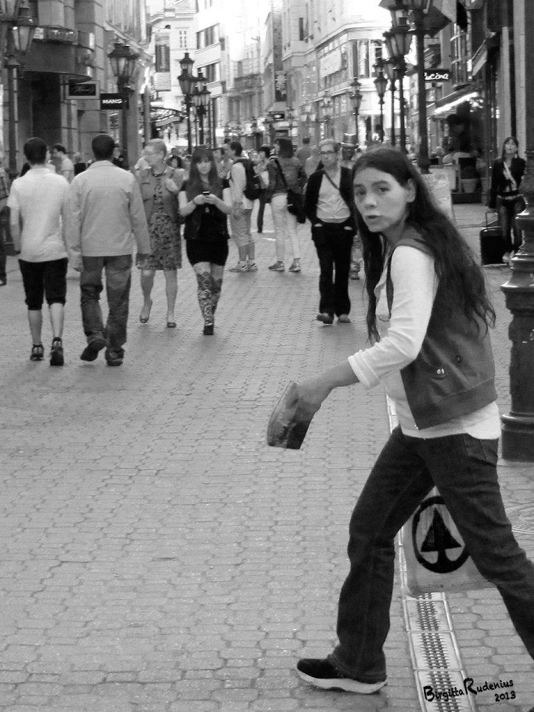 people_20130520_stepin